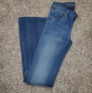 Citizens of humanity size 2/26 bootcut/flare jeans